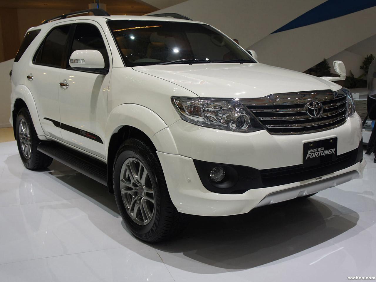 Foto 0 de Toyota TRD Fortuner Sportivo 2011