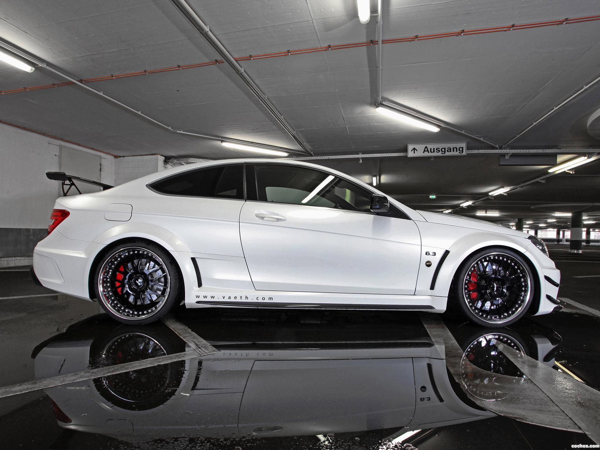 Foto 1 de Mercedes Vath AMG Clase C Coupe Black V63 Supercharged C204 2012