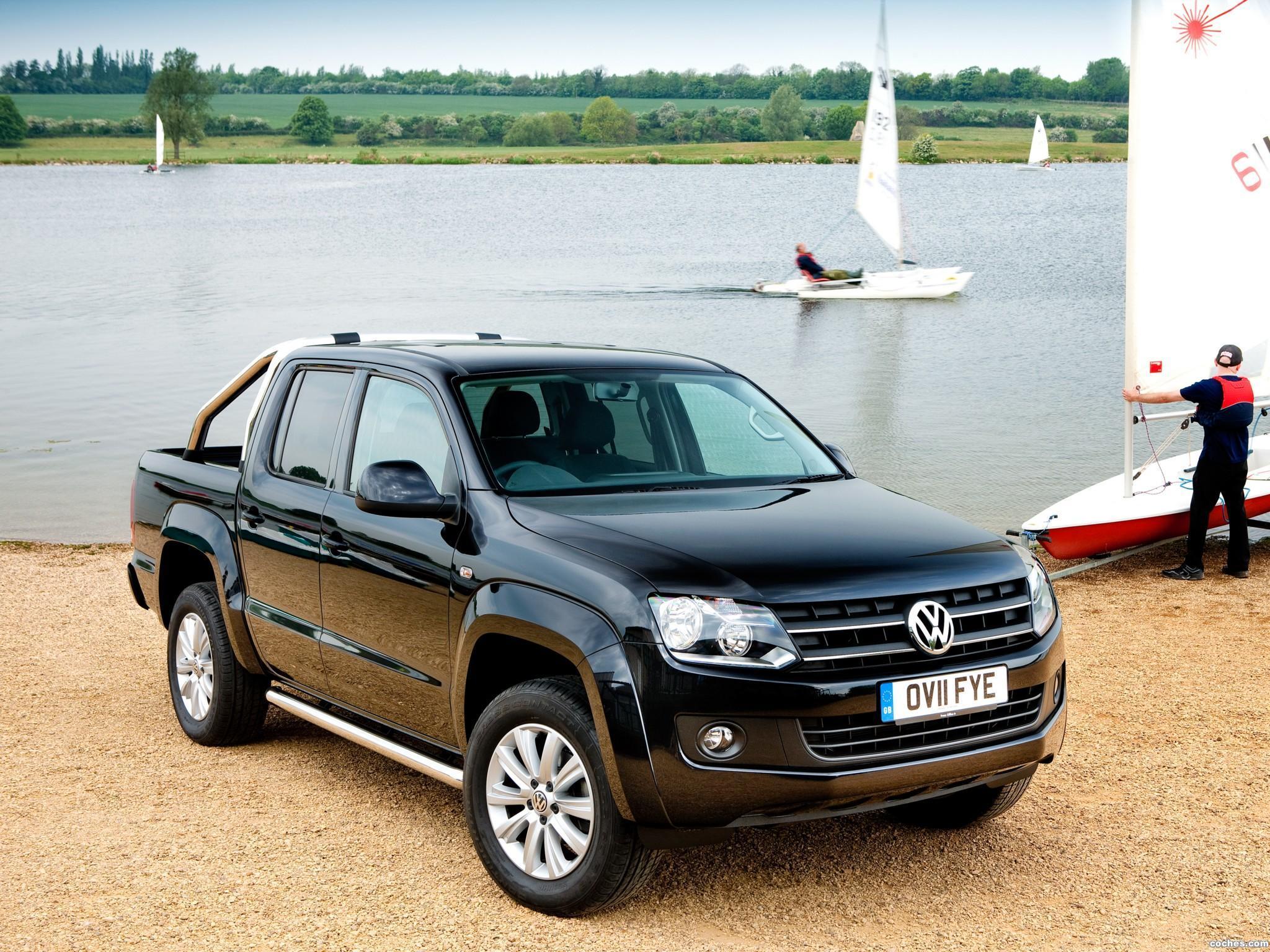 Foto 3 de Volkswagen Amarok Double Cab Trendline UK 2010