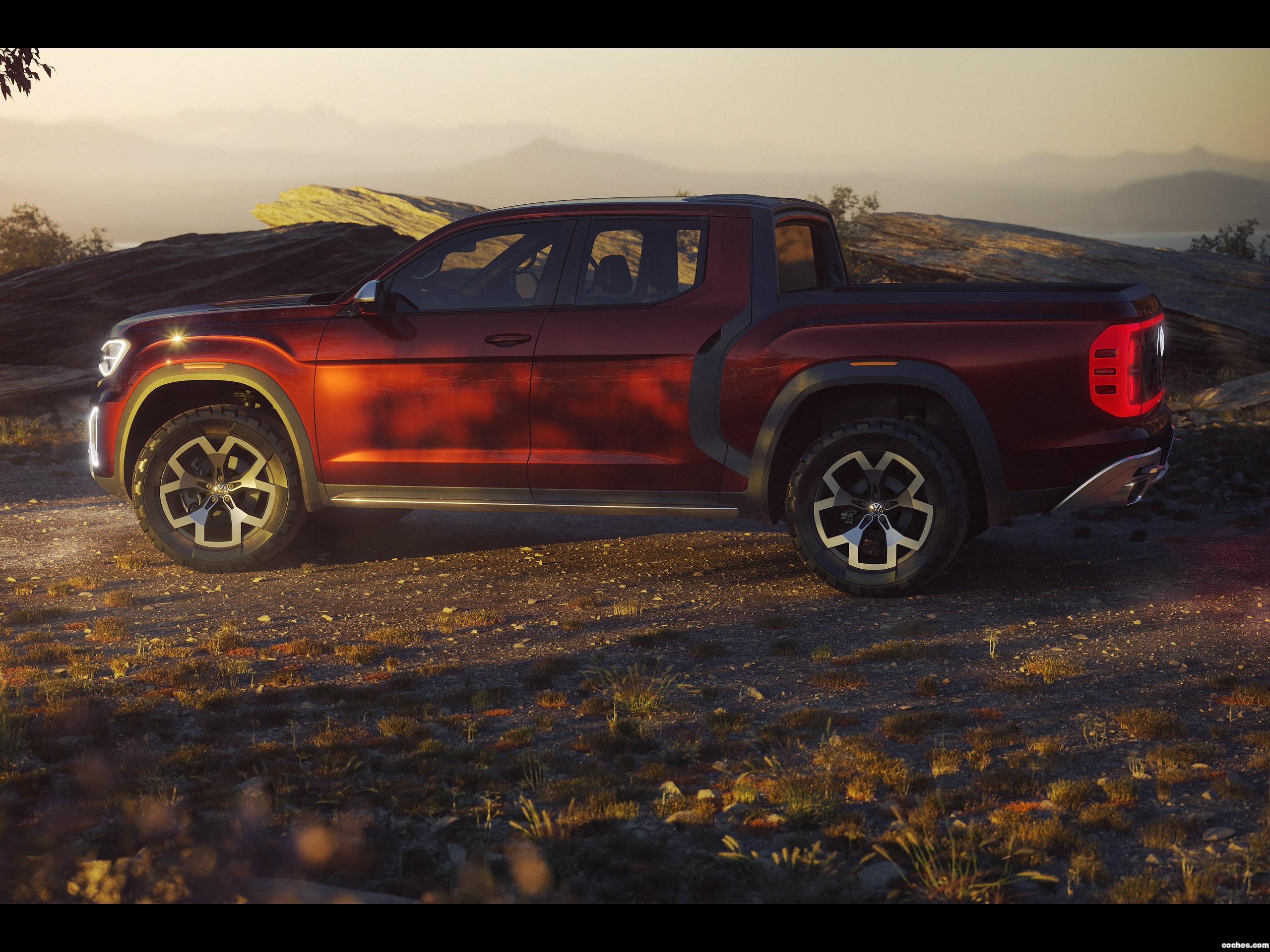 Foto 3 de Volkswagen  Atlas Tanoak Pickup Truck Concept  2018