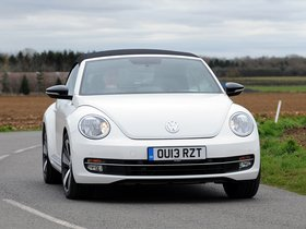 Fotos de Volkswagen Beetle Cabrio 60s Edition UK 2013
