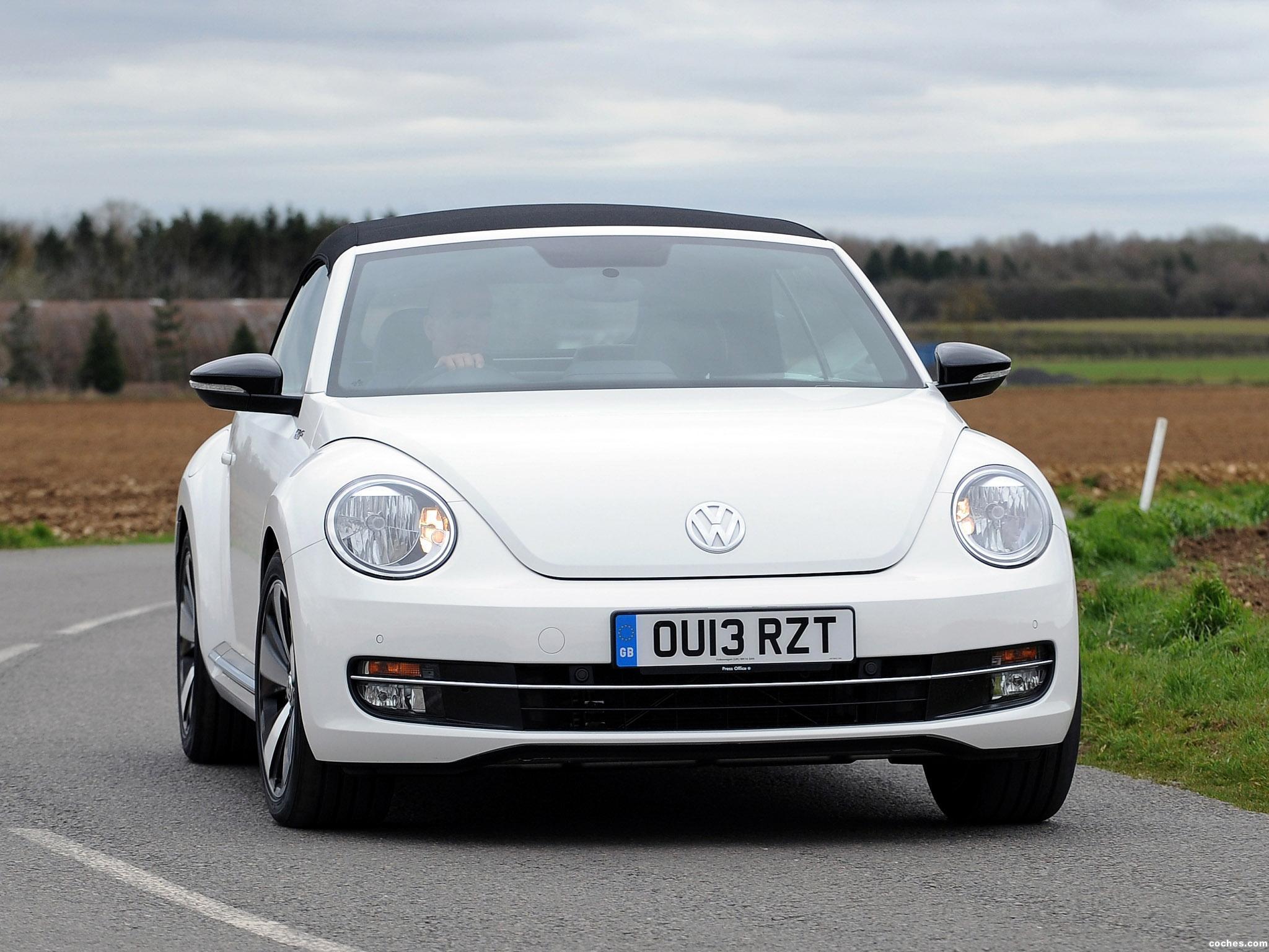 Foto 0 de Volkswagen Beetle Cabrio 60s Edition UK 2013