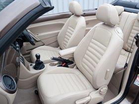 Ver foto 8 de Volkswagen Beetle Cabrio 70s Edition UK 2013