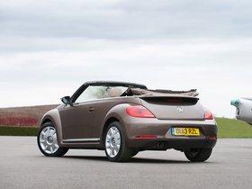 Ver foto 6 de Volkswagen Beetle Cabrio 70s Edition UK 2013