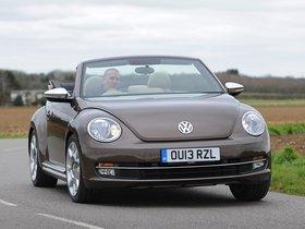 Ver foto 2 de Volkswagen Beetle Cabrio 70s Edition UK 2013