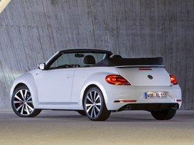 Ver foto 2 de Volkswagen  Beetle Cabrio R-Line 2012