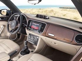Ver foto 7 de Volkswagen  Beetle Cabrio 70s Edition 2013