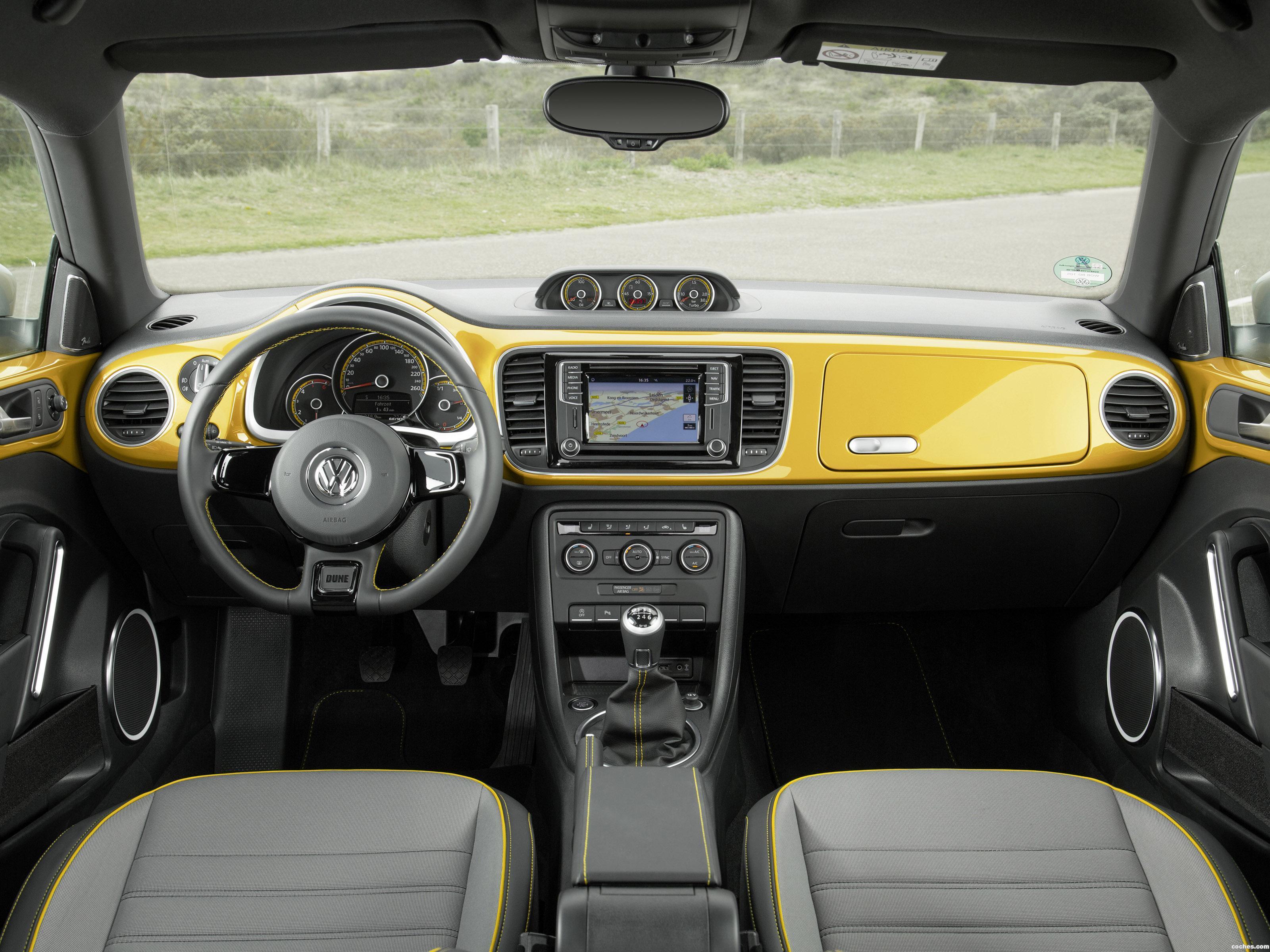 Foto 16 de Volkswagen Beetle Dune 2016
