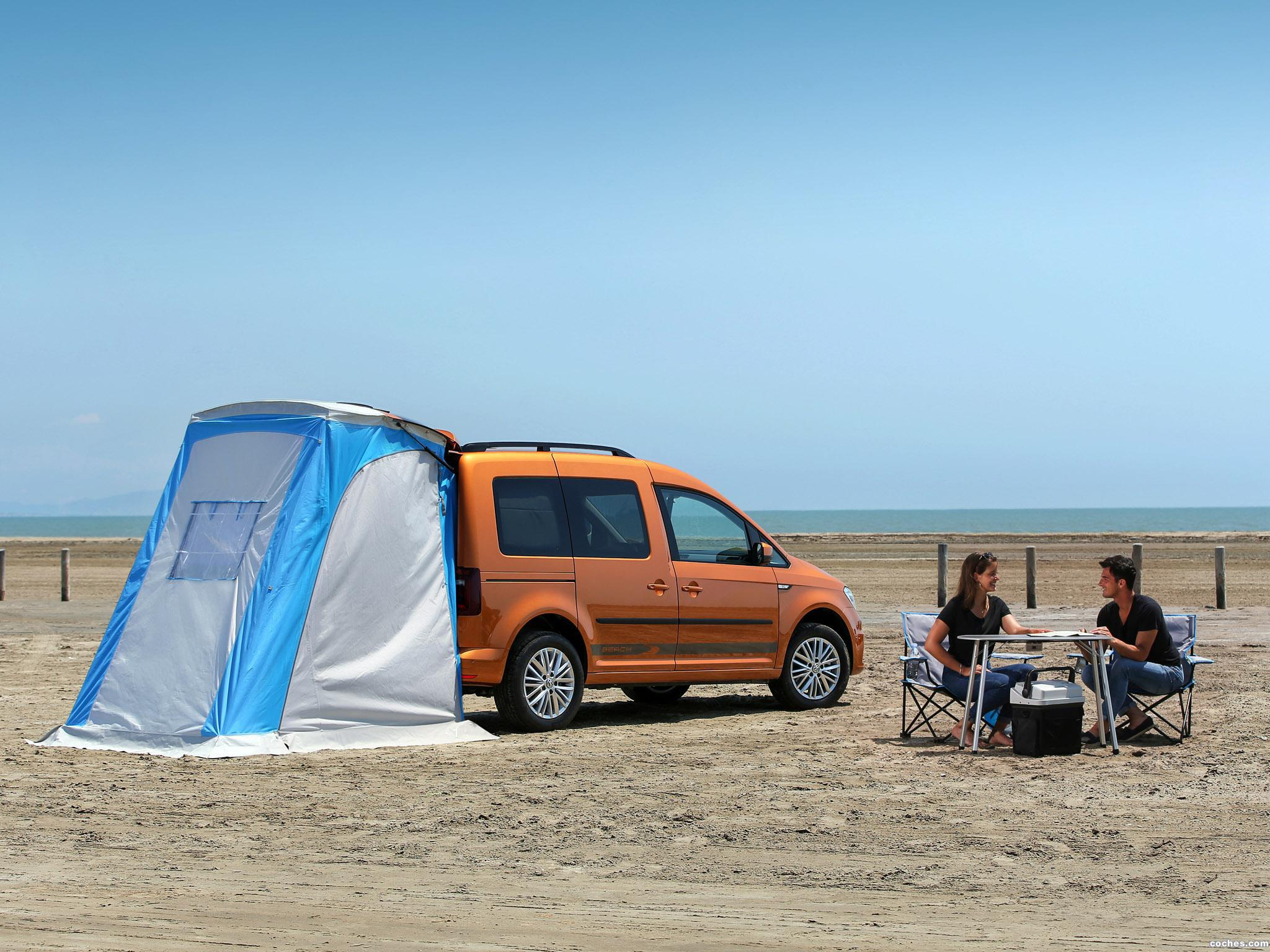 fotos de volkswagen caddy beach 4motion 2015 foto 2. Black Bedroom Furniture Sets. Home Design Ideas