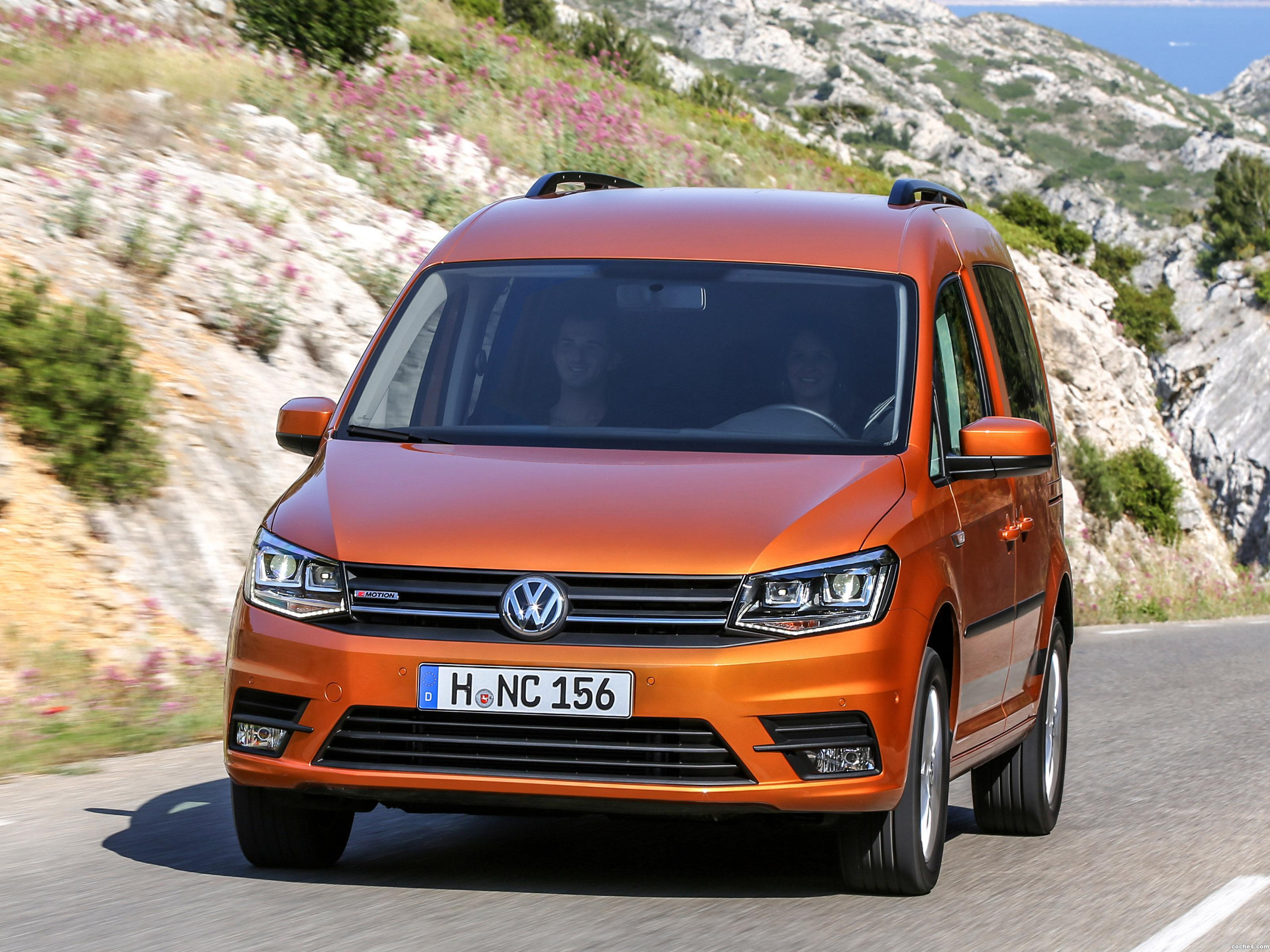 Foto 0 de Volkswagen Caddy Beach 4MOTION 2015