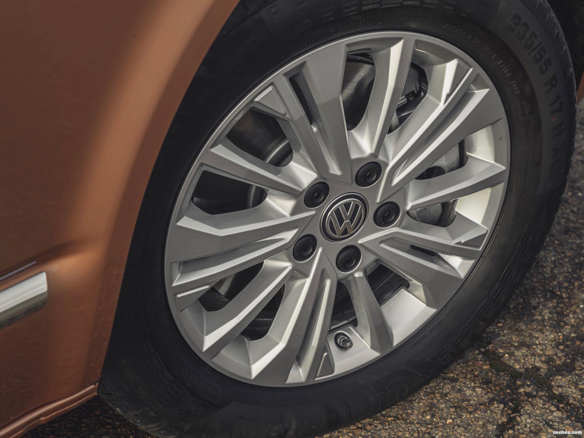 Foto 20 de Volkswagen Caravelle UK T6.1 2020