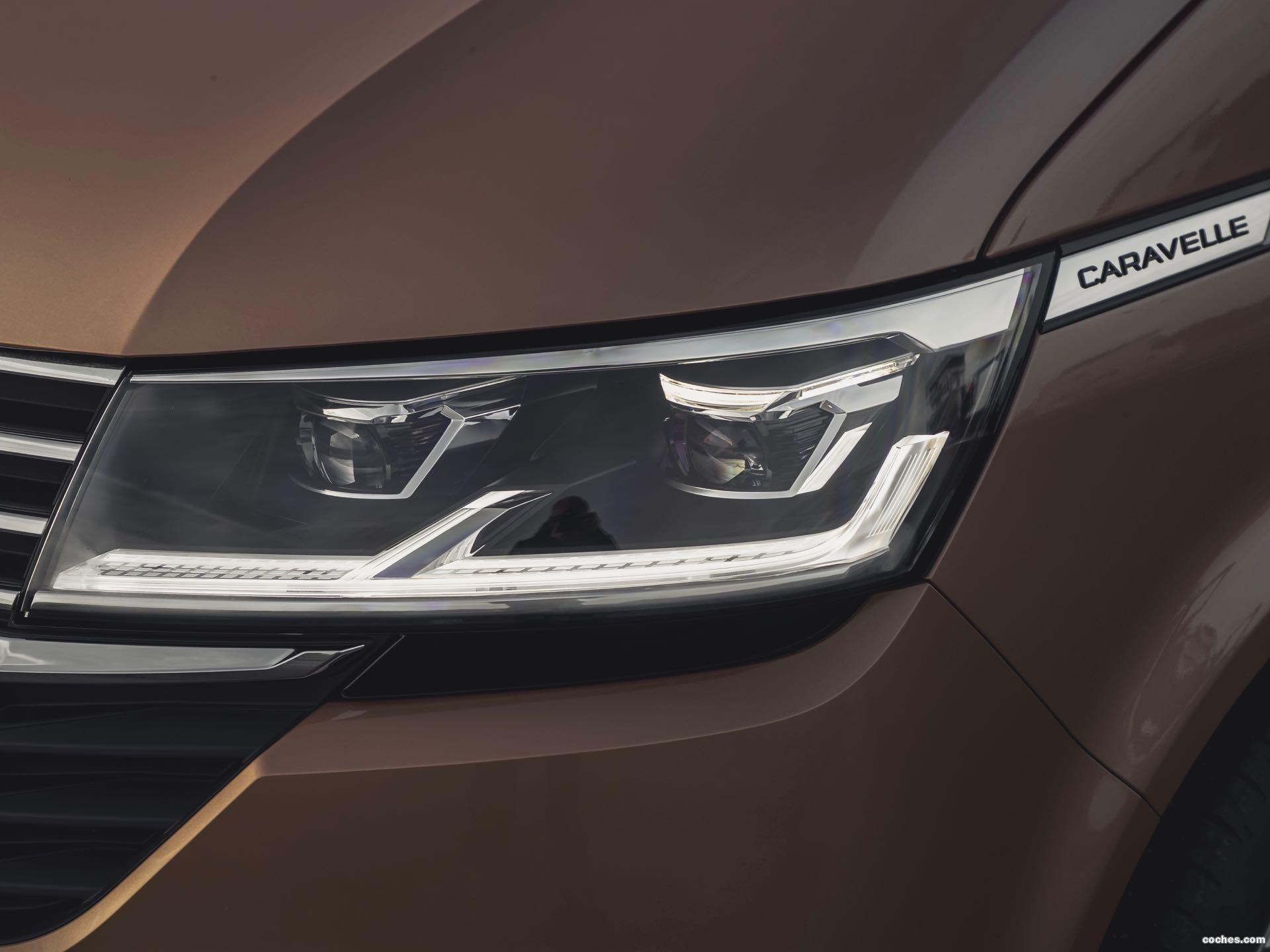 Foto 14 de Volkswagen Caravelle UK T6.1 2020