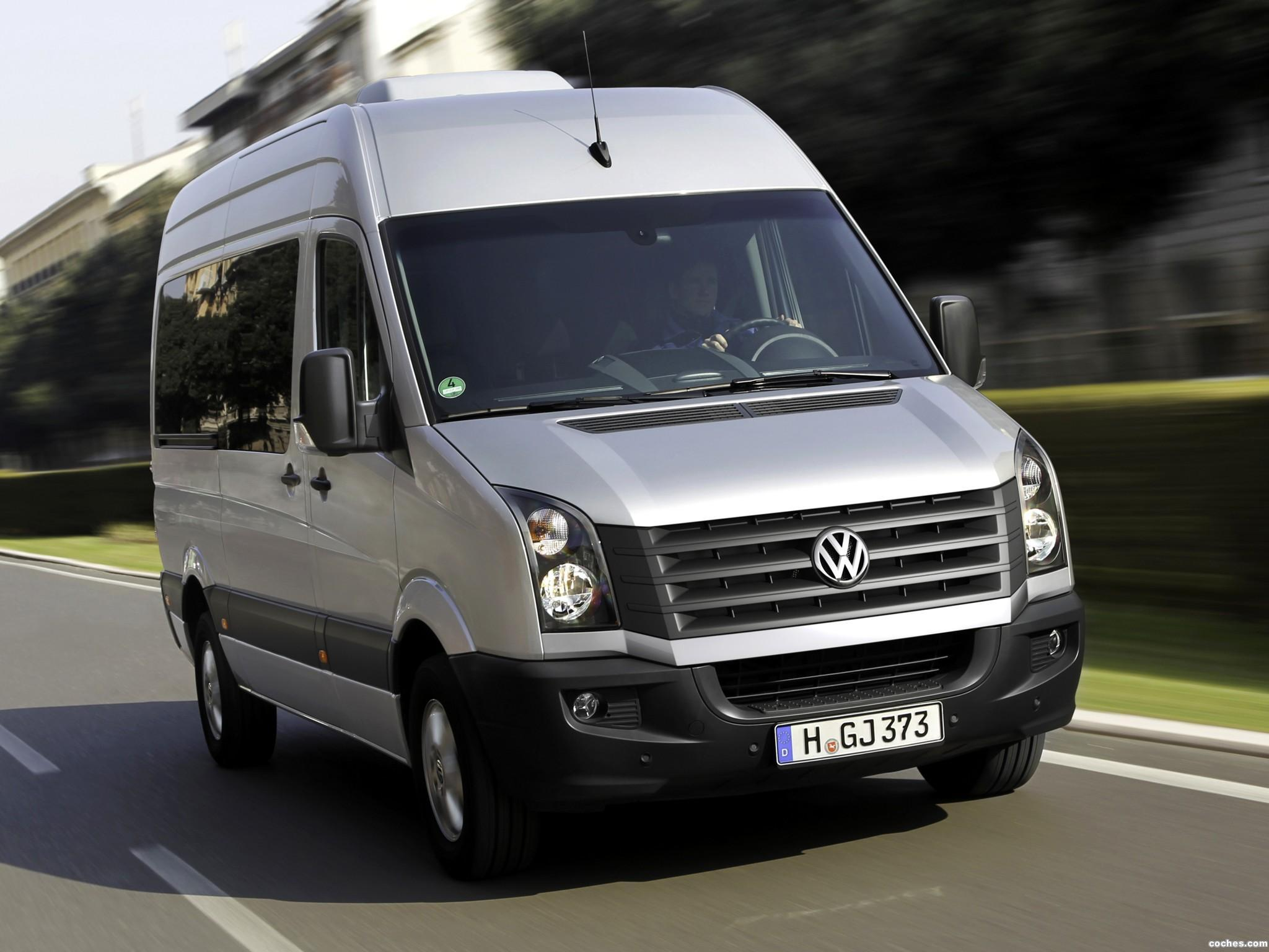 Foto 0 de Volkswagen Crafter High Roof Bus 2011