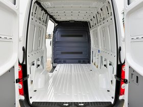 Ver foto 12 de Volkswagen Crafter High Roof Van UK 2011