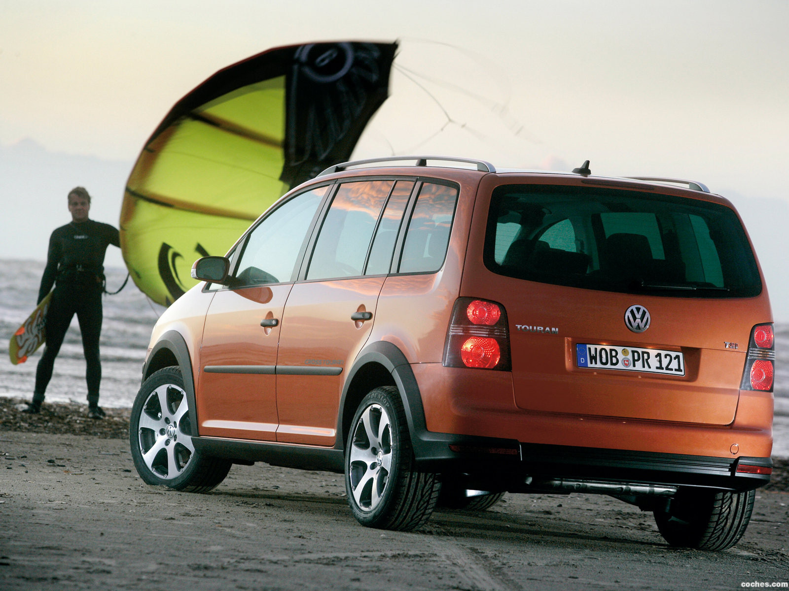 Foto 2 de Volkswagen Cross Touran 2007