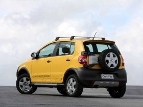 Ver foto 2 de Volkswagen CrossFox 2008