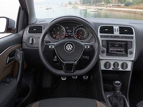 Ver foto 18 de Volkswagen CrossPolo 2014