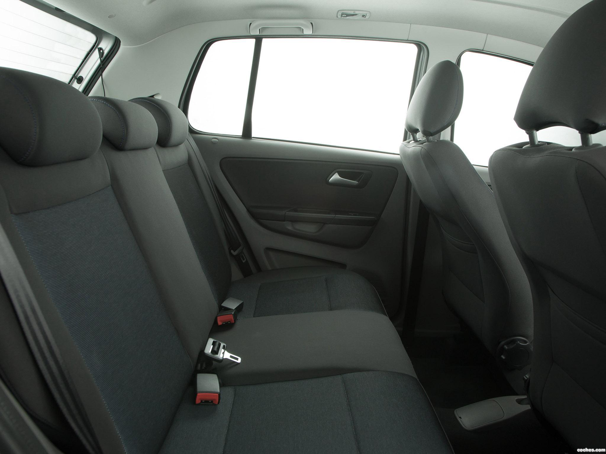 Foto 1 de Volkswagen Fox BlueMotion 2014