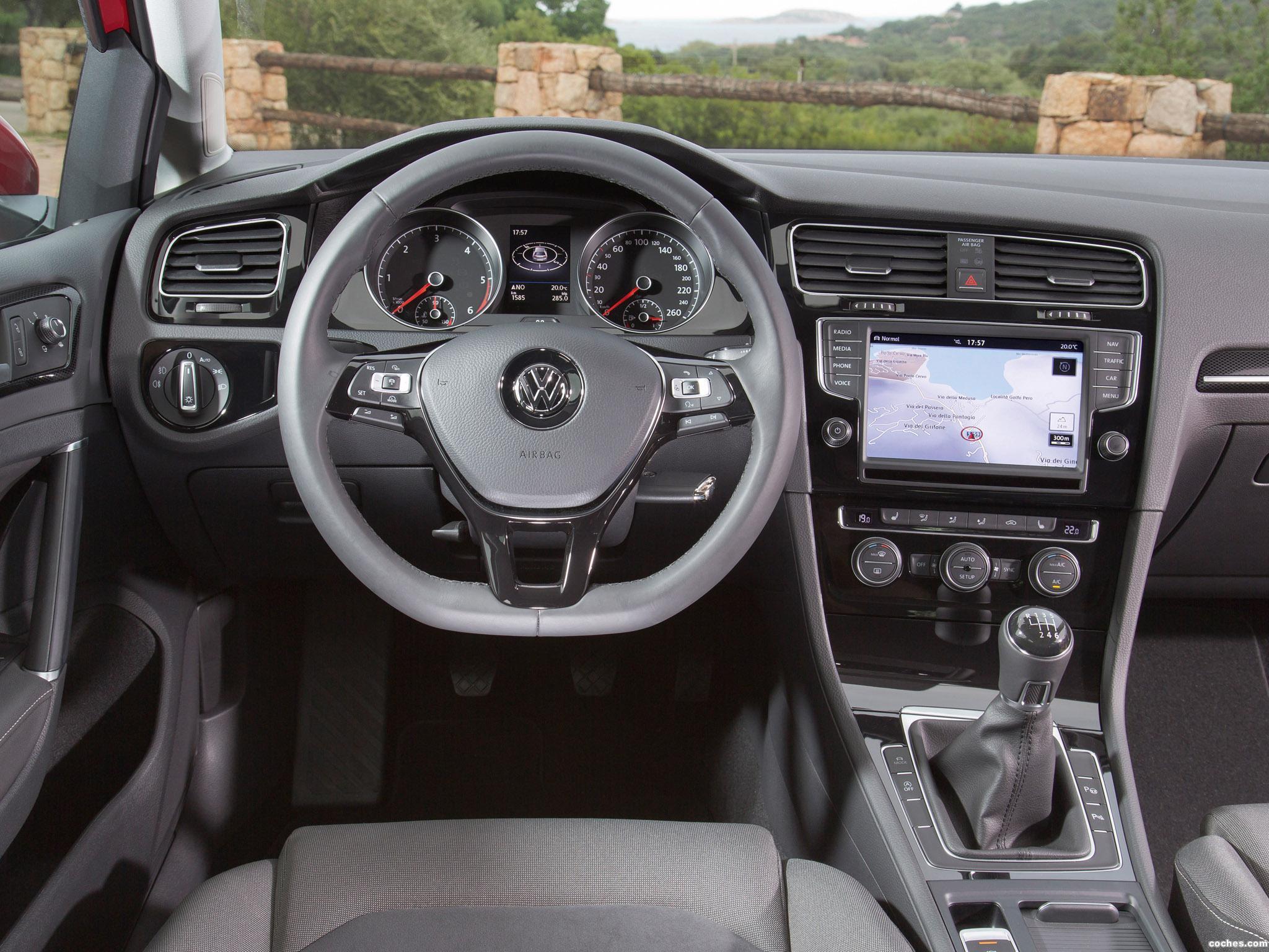 Foto 9 de Volkswagen Golf 7 5 puertas 2.0 TDI BlueMotion 2013
