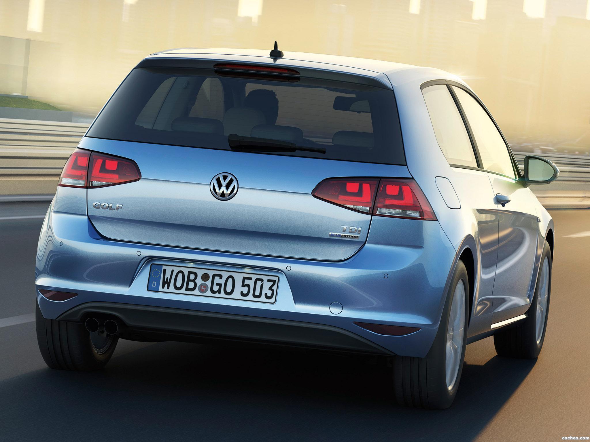 Foto 1 de Volkswagen Golf 3 puertas TGI BlueMotion 2013