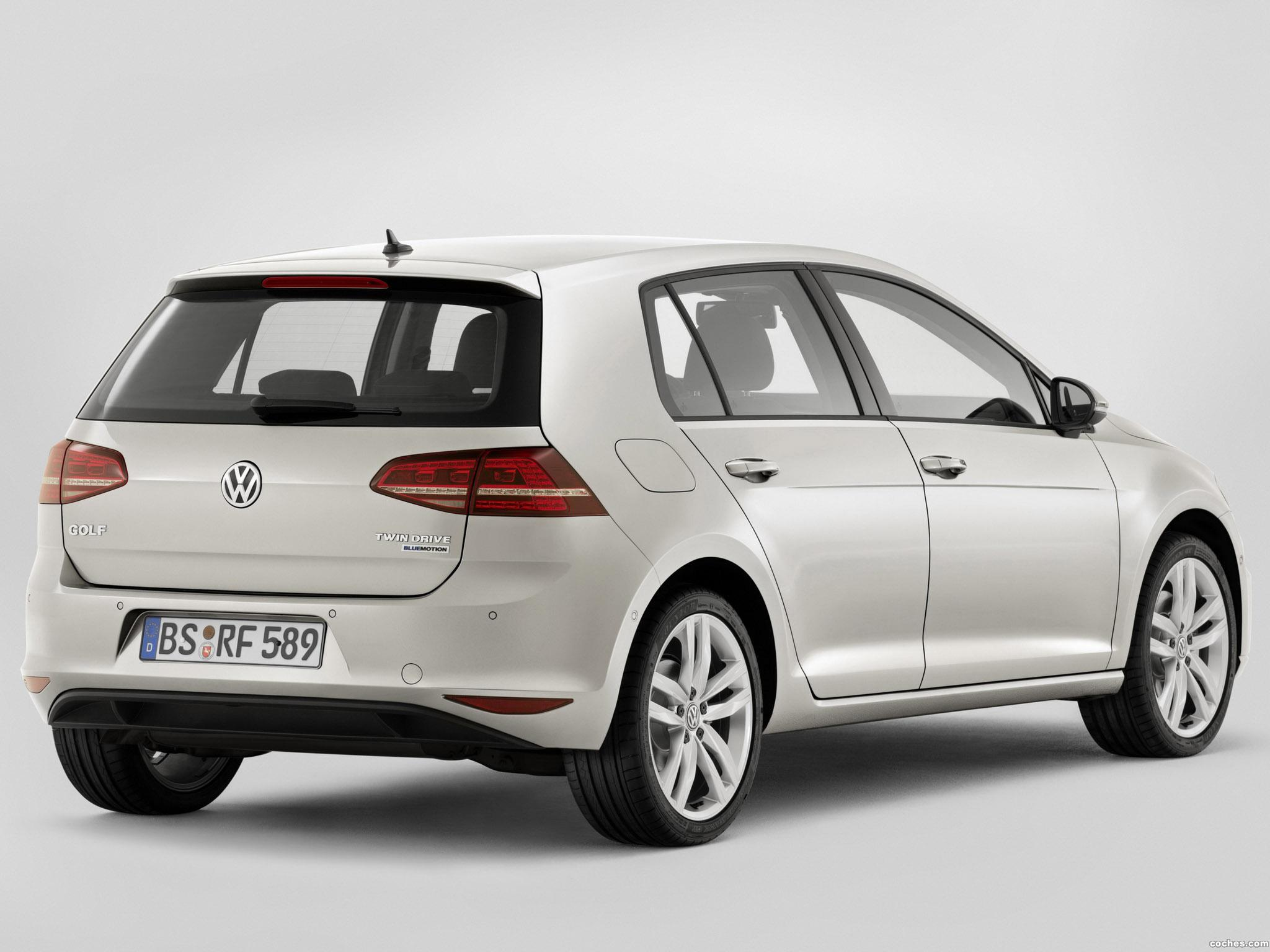 Foto 1 de Volkswagen Golf BlueMotion TwinDrive Concept 2013