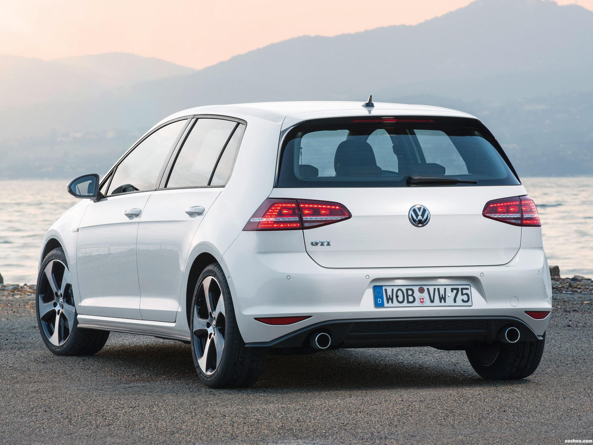 Foto 13 de Volkswagen Golf 7 GTI 5 puertas 2013