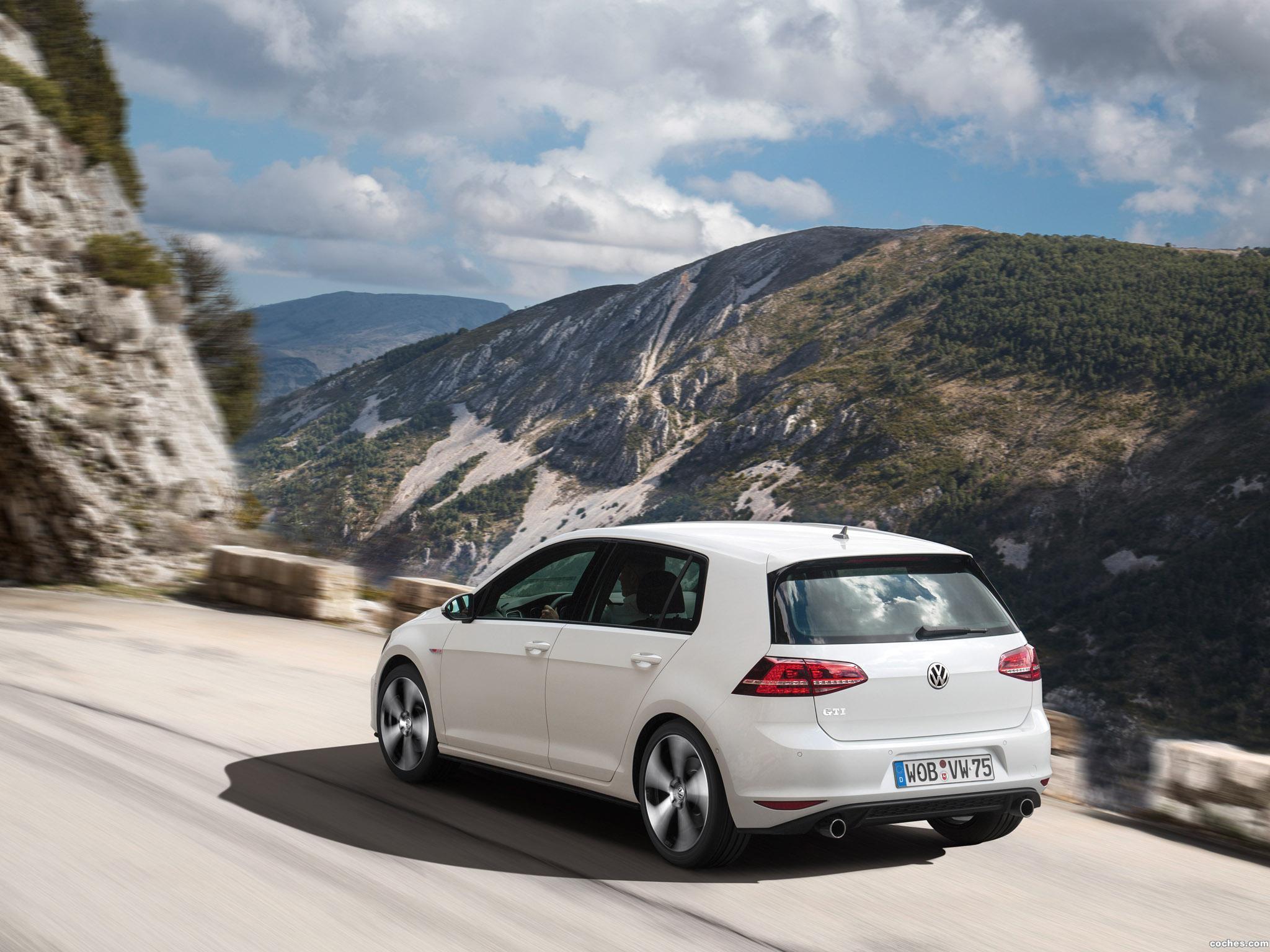 Foto 12 de Volkswagen Golf 7 GTI 5 puertas 2013