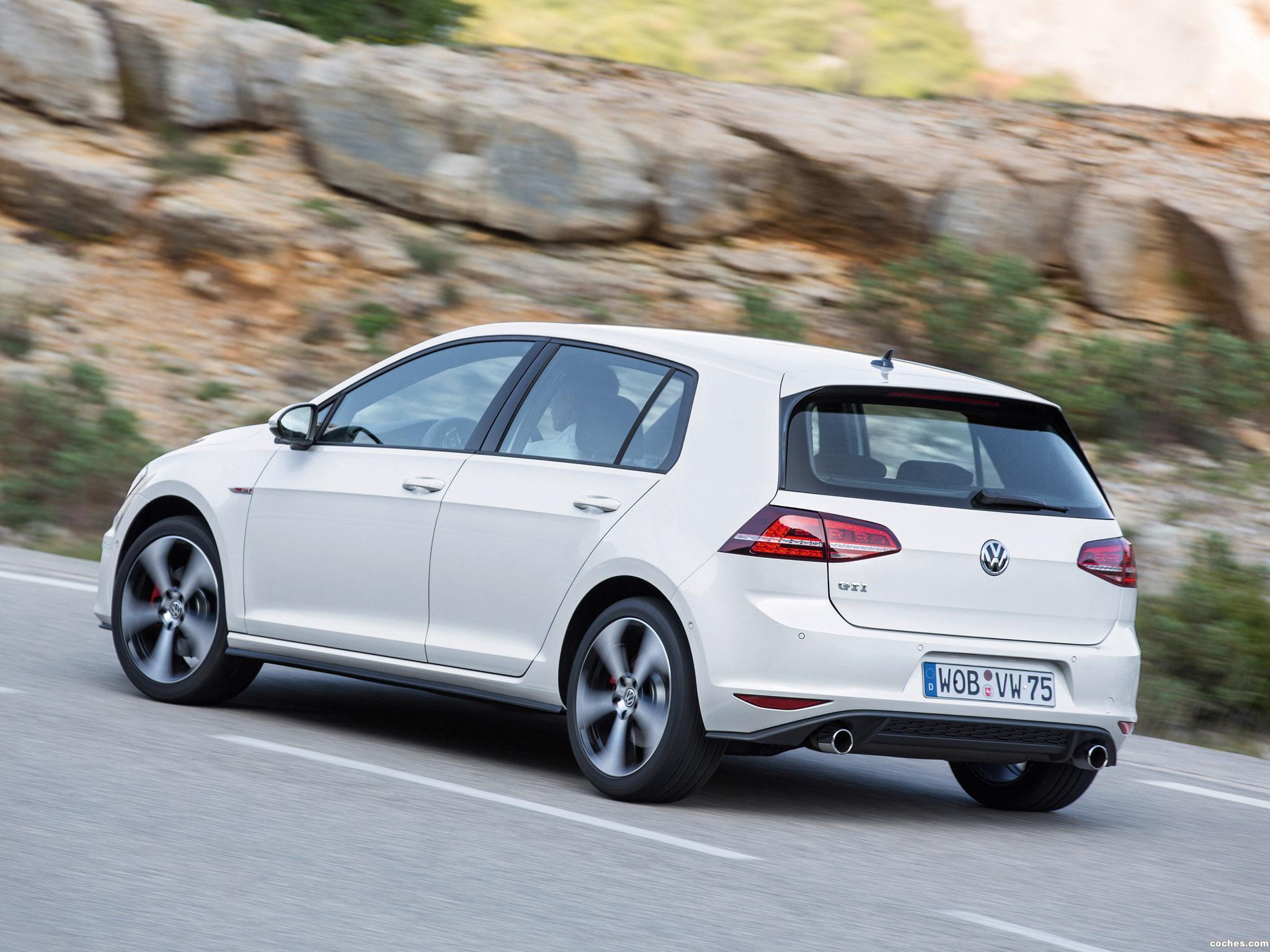 Foto 10 de Volkswagen Golf 7 GTI 5 puertas 2013