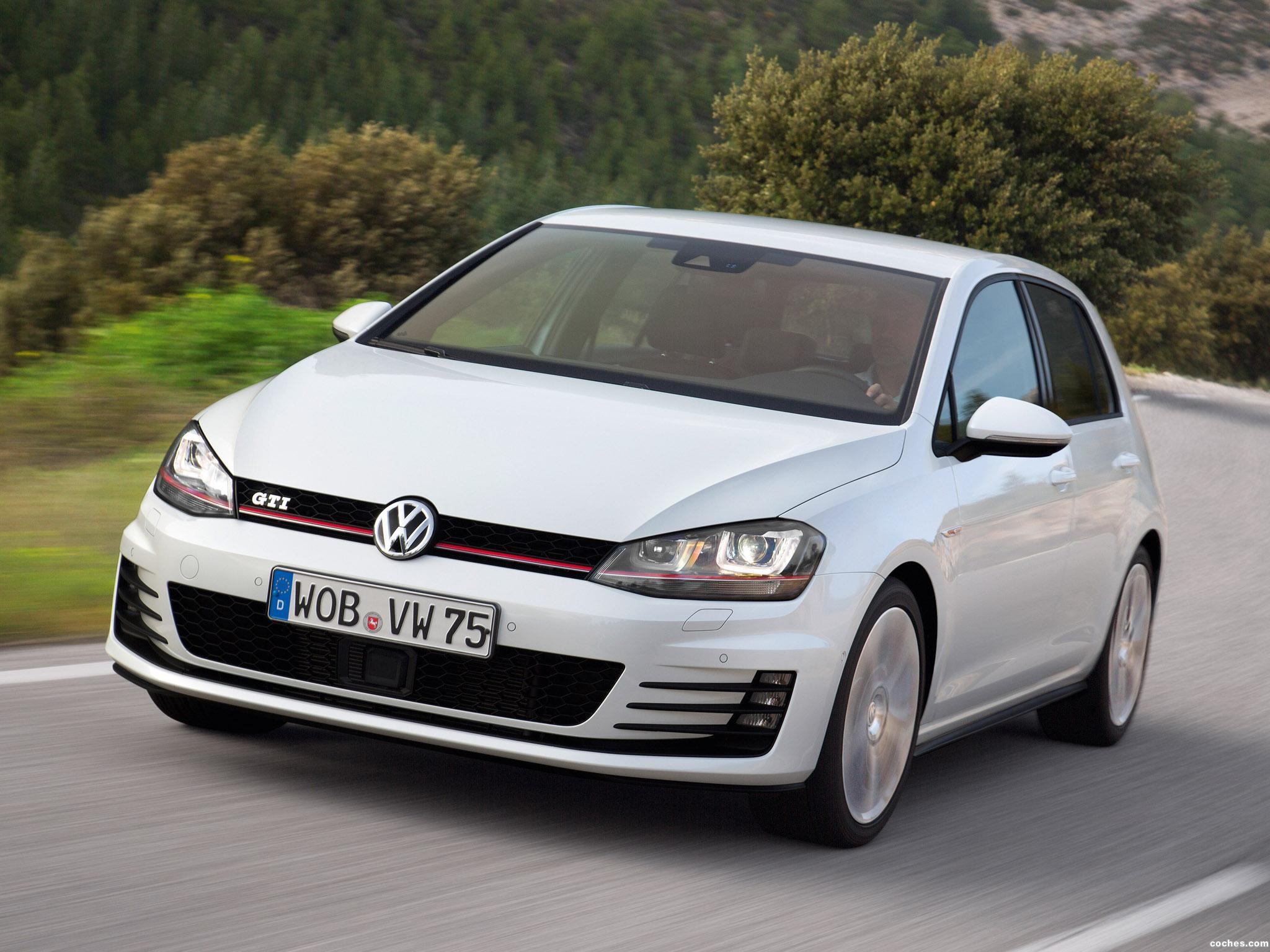 Foto 23 de Volkswagen Golf 7 GTI 5 puertas 2013