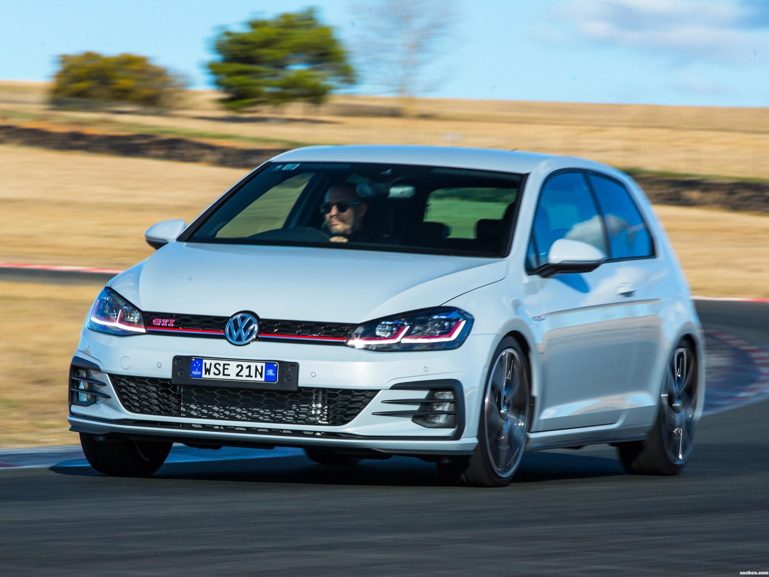 Foto 4 de Volkswagen Golf GTI Performance Edition 3 Puertas Australia 2017