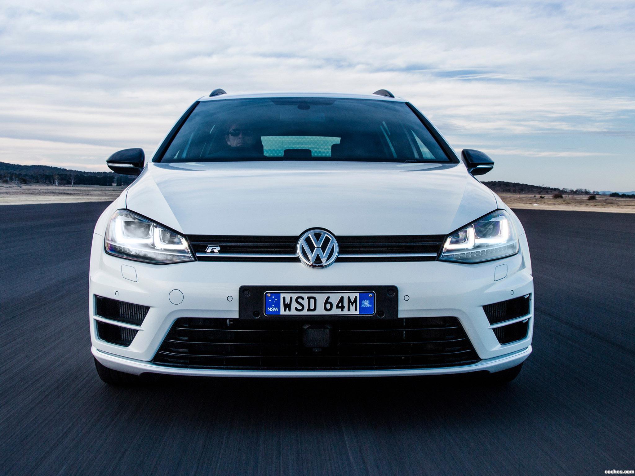 Foto 8 de Volkswagen Golf R Wagon Wolfsburg Edition 2015