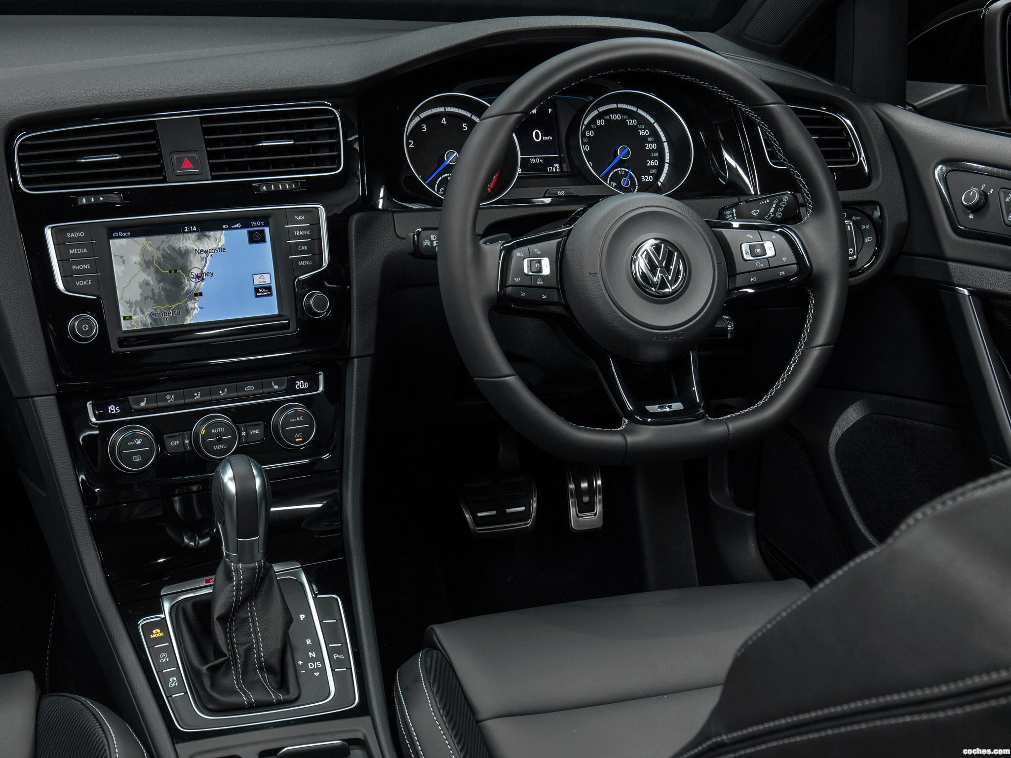 Foto 17 de Volkswagen Golf R Wagon Wolfsburg Edition 2015