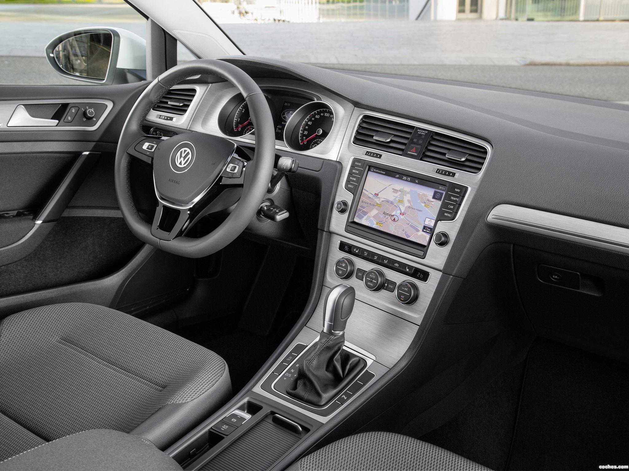 Foto 10 de Volkswagen Golf TSI BlueMotion 5 puertas 2015