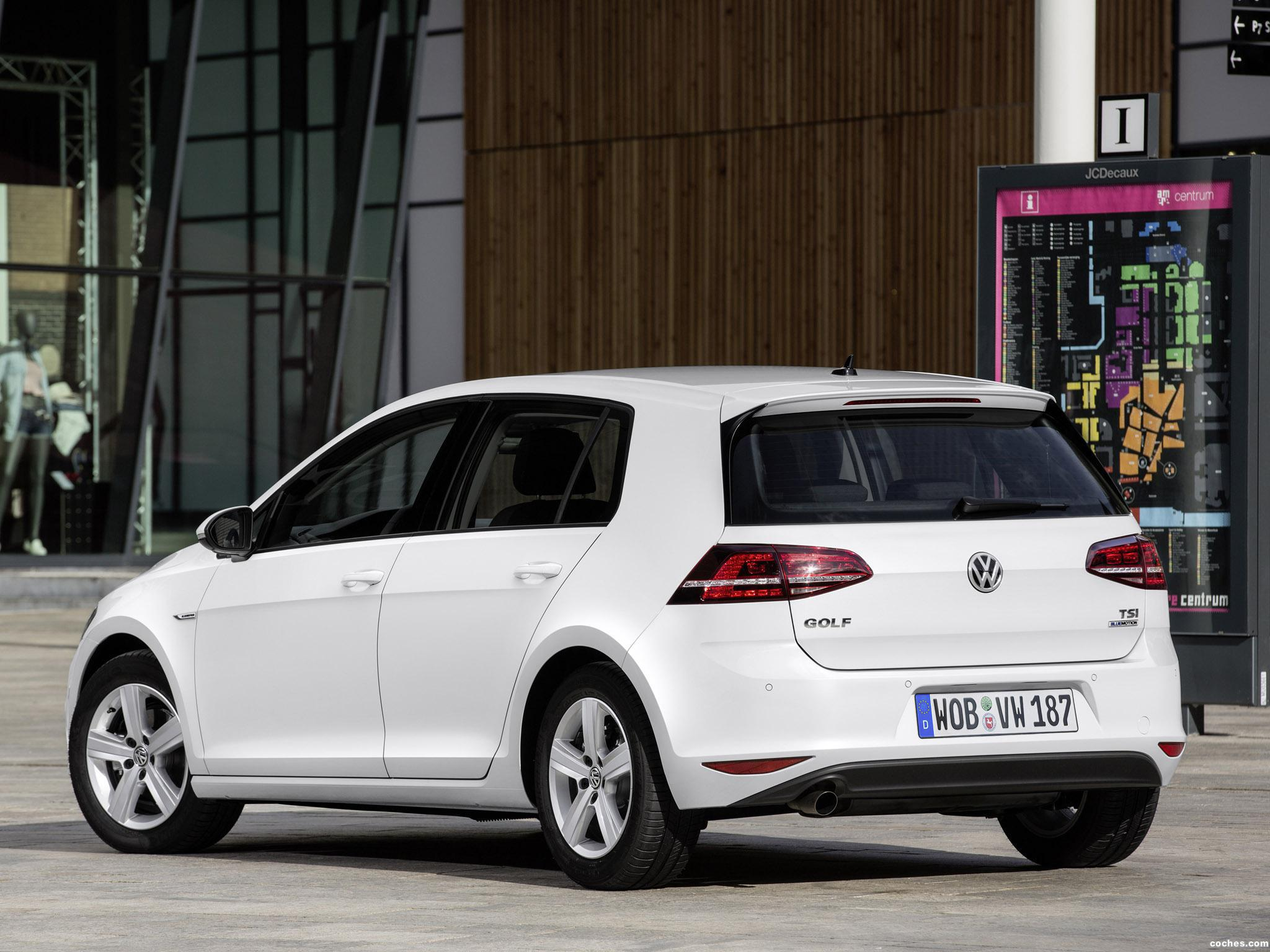 Foto 8 de Volkswagen Golf TSI BlueMotion 5 puertas 2015