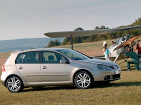 fotos de volkswagen golf v 2003. Black Bedroom Furniture Sets. Home Design Ideas