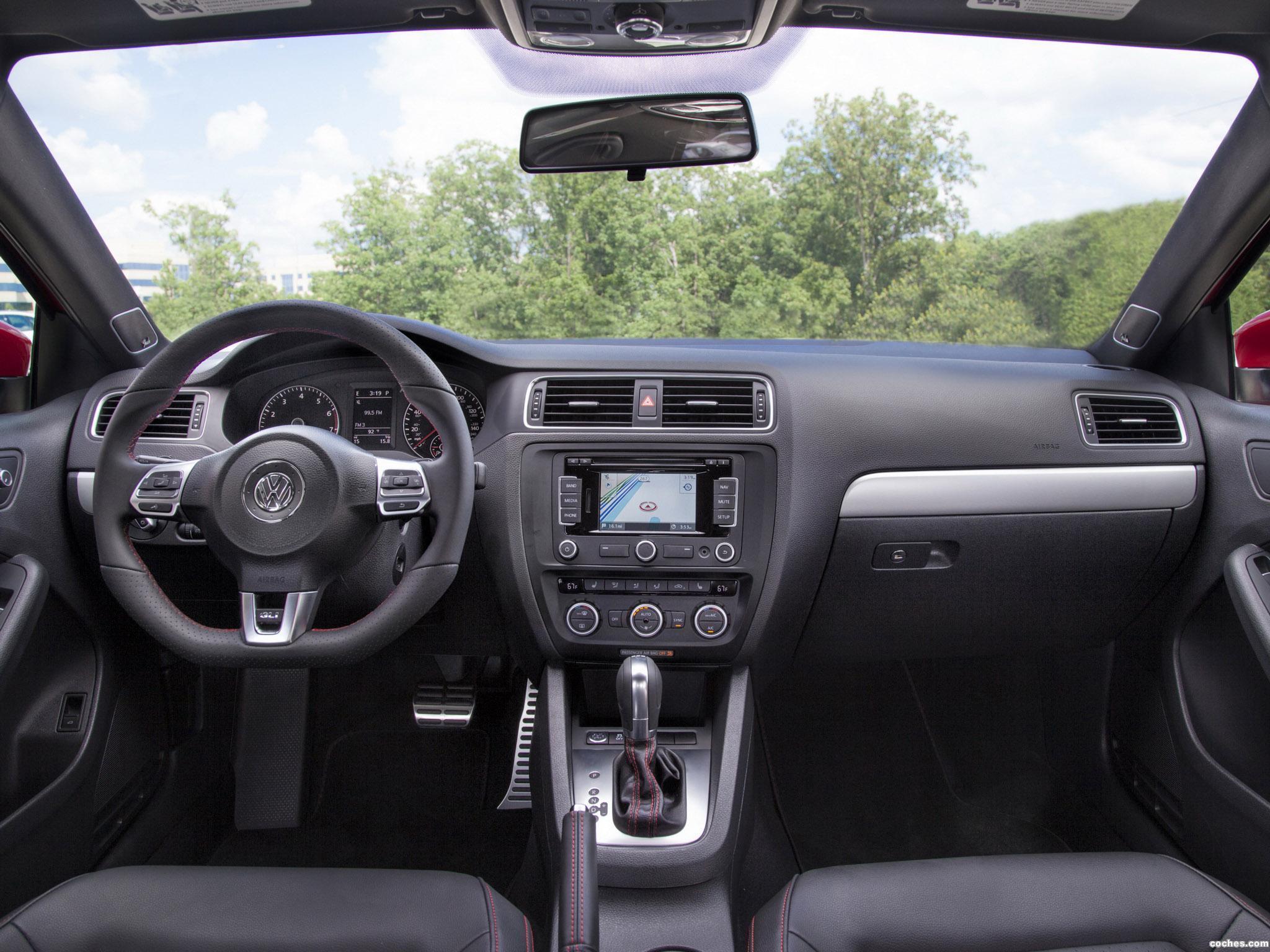 Foto 2 de Volkswagen Jetta GLI 2013