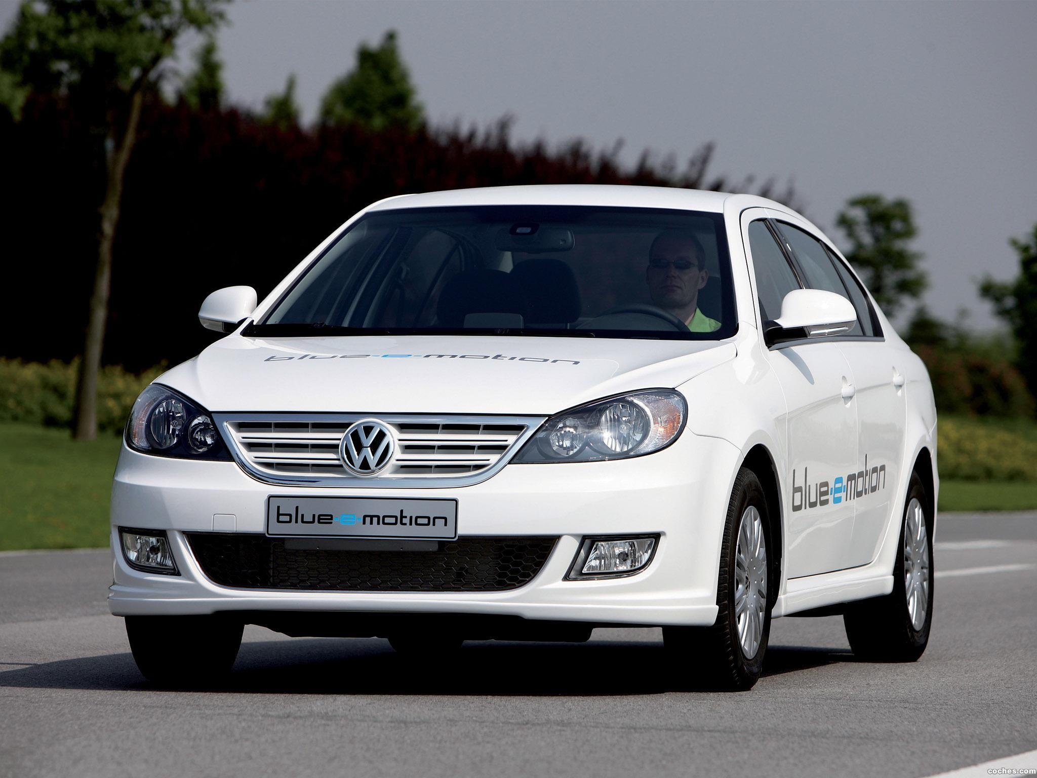 Foto 0 de Volkswagen Lavida Blue e-Motion 2010