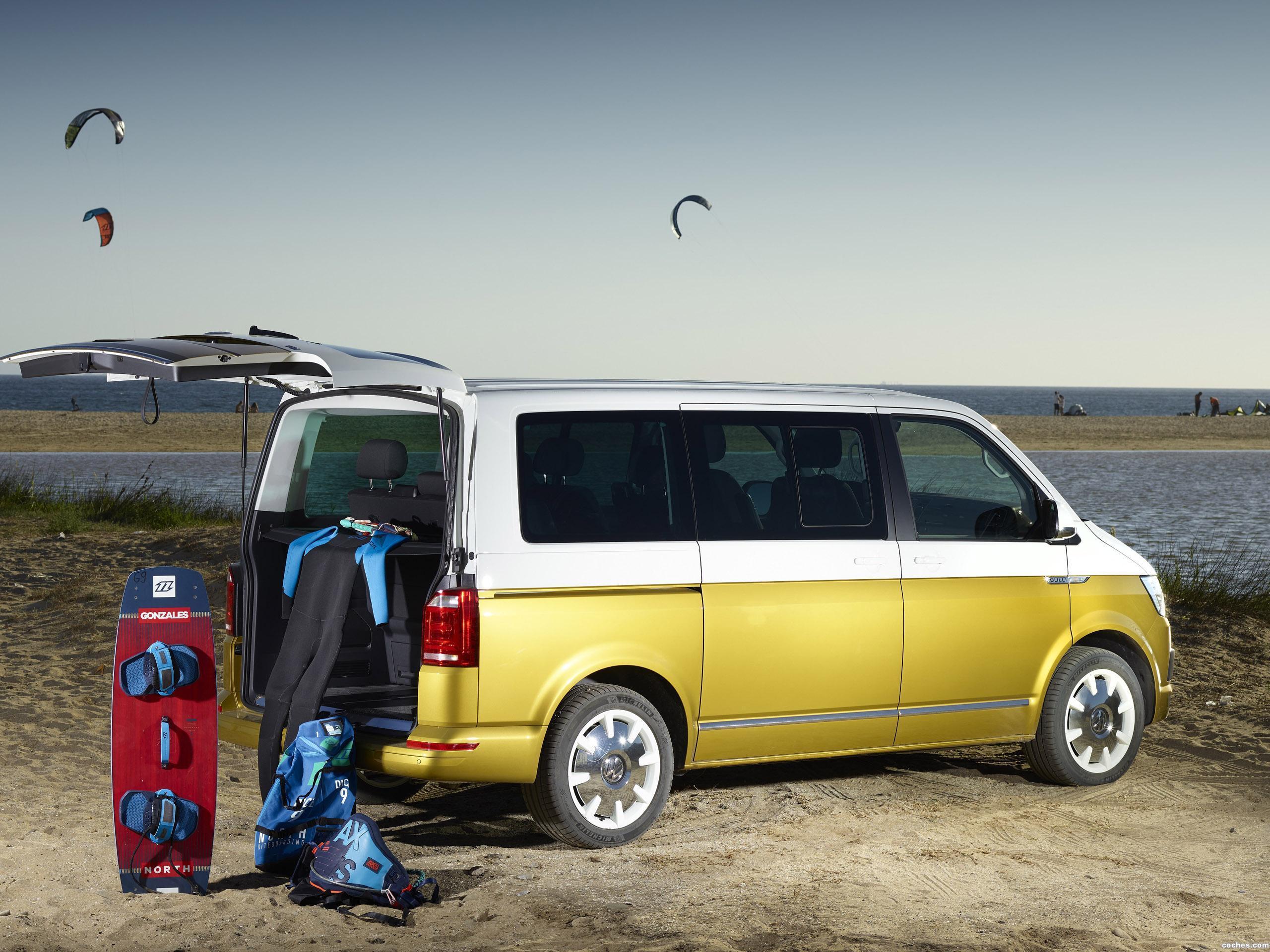 Foto 1 de Volkswagen Multivan Bulli 70 Anniversario 2017