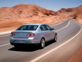 Ver foto 30 de Volkswagen Passat B6 2004