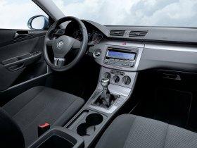 Ver foto 4 de Volkswagen Passat BlueMotion Sedan B6 2009