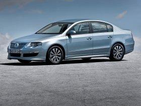 Ver foto 3 de Volkswagen Passat BlueMotion Sedan B6 2009