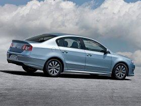 Ver foto 2 de Volkswagen Passat BlueMotion Sedan B6 2009