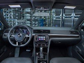 Ver foto 18 de Volkswagen Passat GT 2018