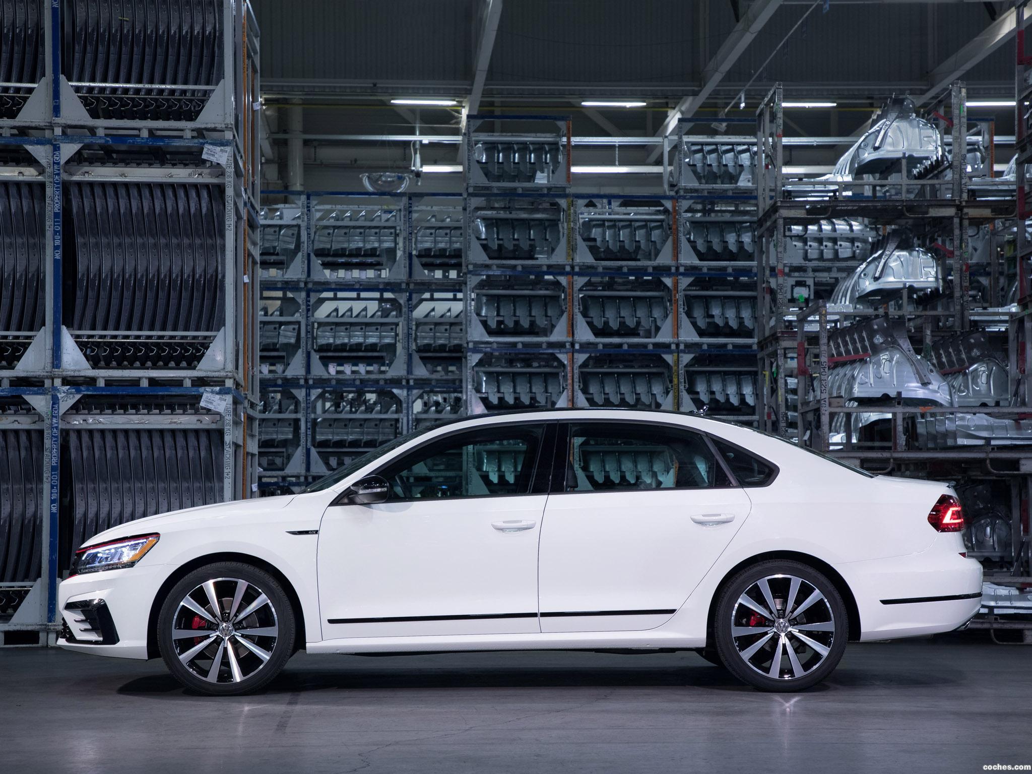 Foto 4 de Volkswagen Passat GT 2018