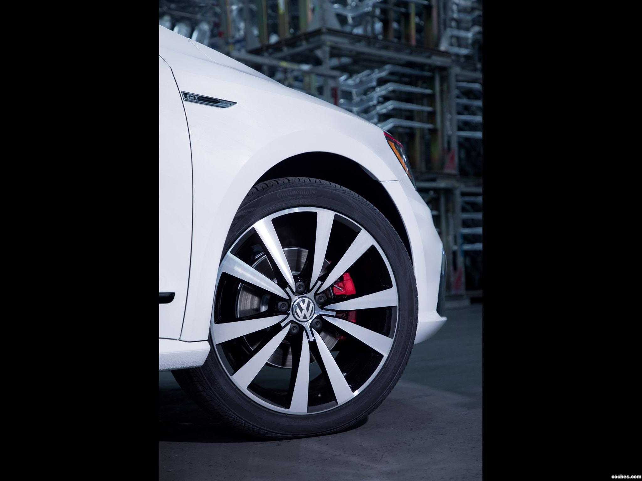 Foto 9 de Volkswagen Passat GT 2018