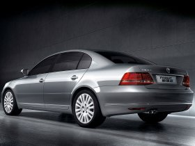 Ver foto 3 de Volkswagen Passat Lingyu 2009