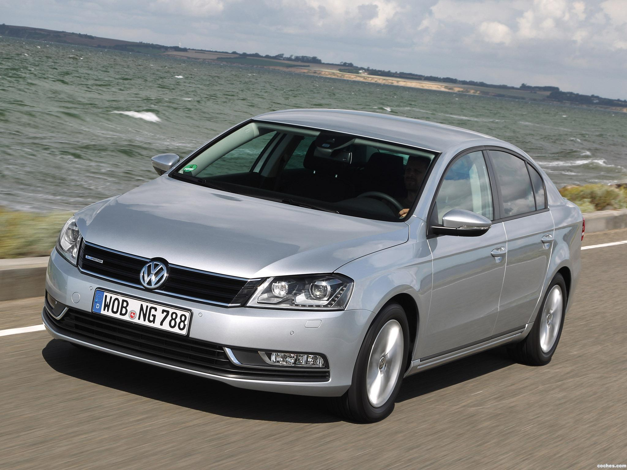 Foto 0 de Volkswagen Passat TDI BlueMotion 2013