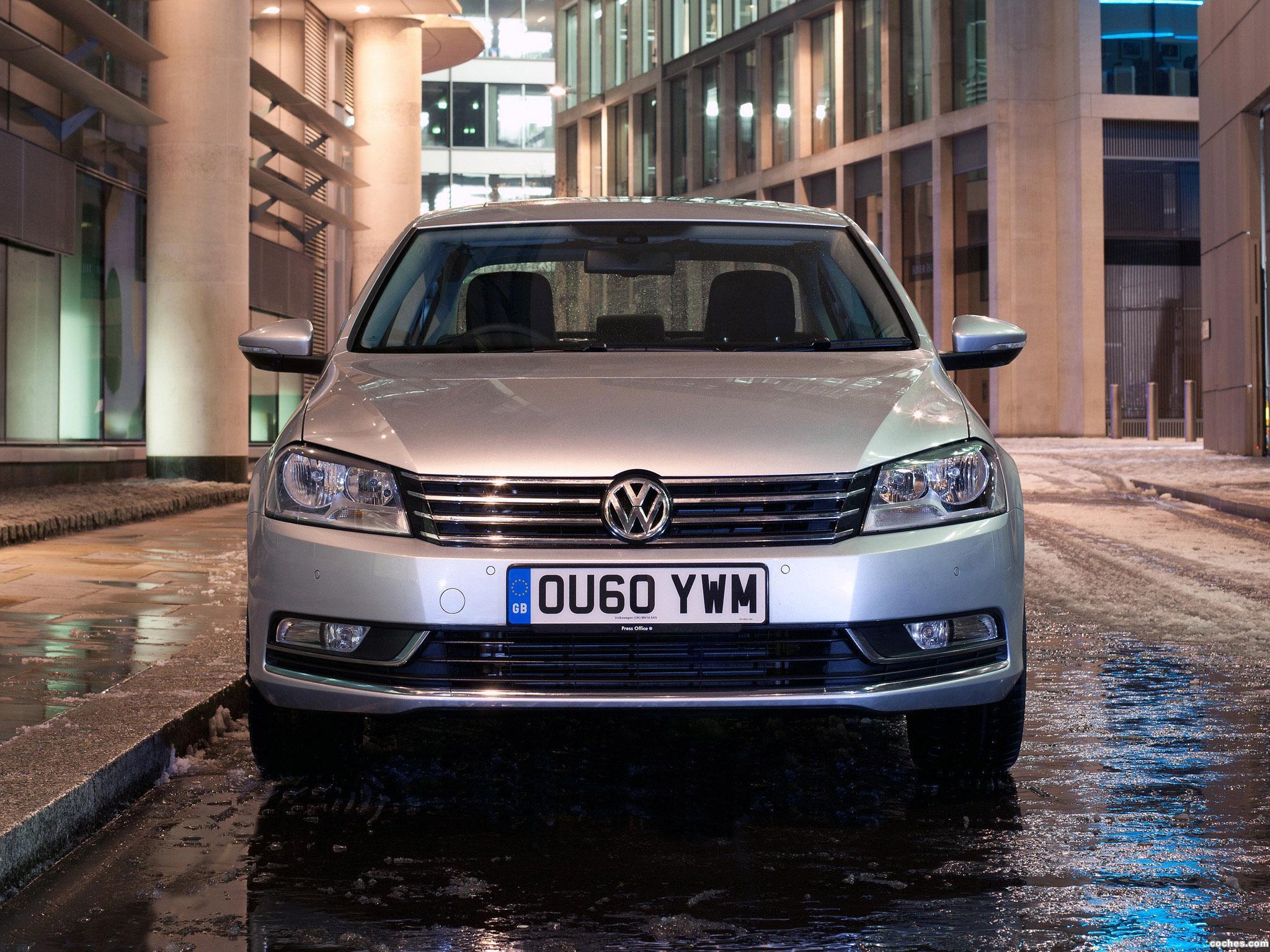 Foto 0 de Volkswagen Passat UK 2010