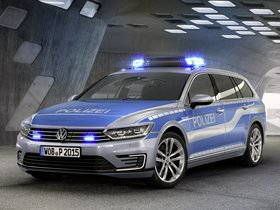 Fotos de Volkswagen Passat Variant GTE Plug-in Hybrid Police Car 2015