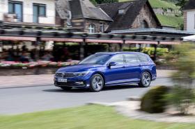 Ver foto 12 de Volkswagen Passat Variant R-Line 2019